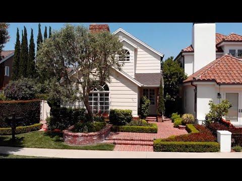 601 & 603 Dahlia Avenue In Corona Del Mar, Calif.