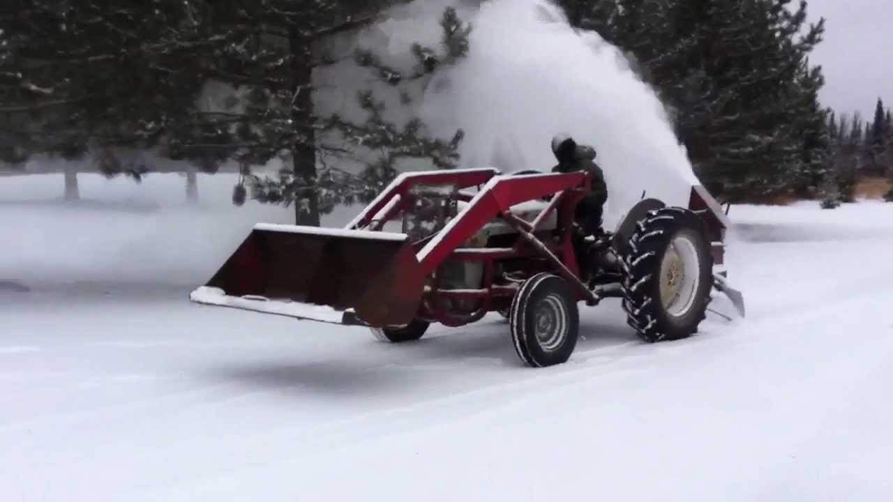 Pto Driven Snow Blower On 55 Ford 640 Youtube