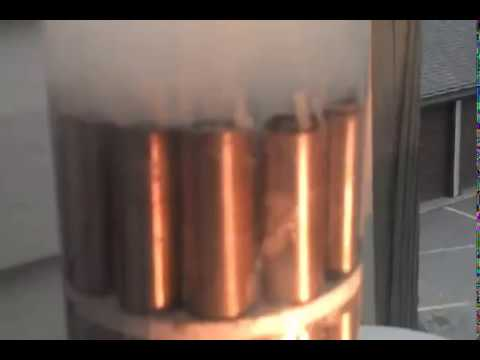 Tesla coil with Stan Meyer Water Fuel Cell & Distilled water