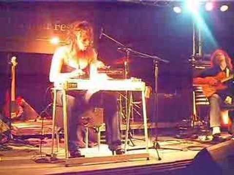 Sarah JORY pedal steel guitar #2