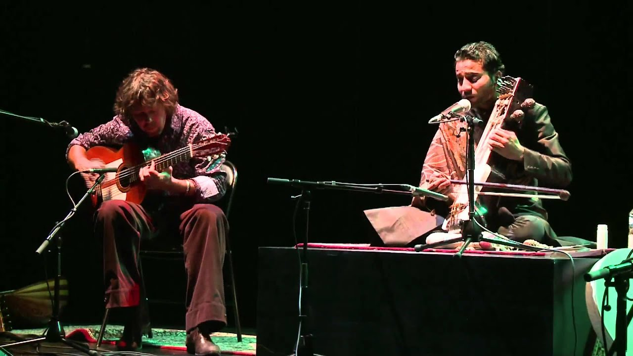 Duo Sabir Khan (sarangi) & Mathias Duplessy (guitar)