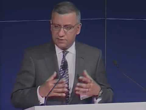 Dr. Shumeet Banerji Leadership of Financial Institutions: New Challenges in the Era of the State