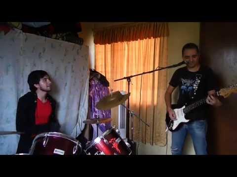 Oscura la luz - Saratoga ( cover ) Tardes de ensayo con Diego y Eduardo