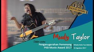 Download Video Stand Up Comedy Mudy Taylor di Acara PKB Movie Award 2017 MP3 3GP MP4