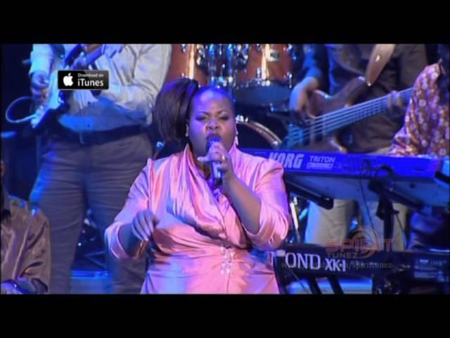 Spirit Of Praise 3 feat. Zaza -  Thel' Umoya