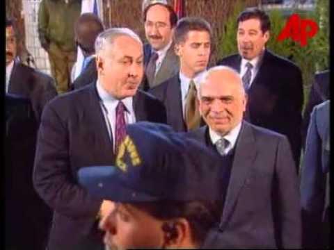 King Hussein meets Benjamin Netanyahu in Tel Aviv January 1997