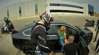 proposta di matrimonio in moto George e Magda in stile GZK