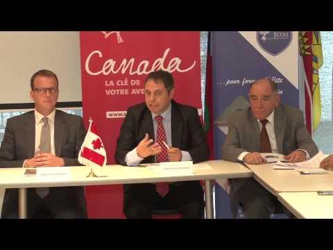 Conférence de presse - Ecole Canadienne de Tunis le 22/05/2014 à l'ambassade du Canada en Tunisie