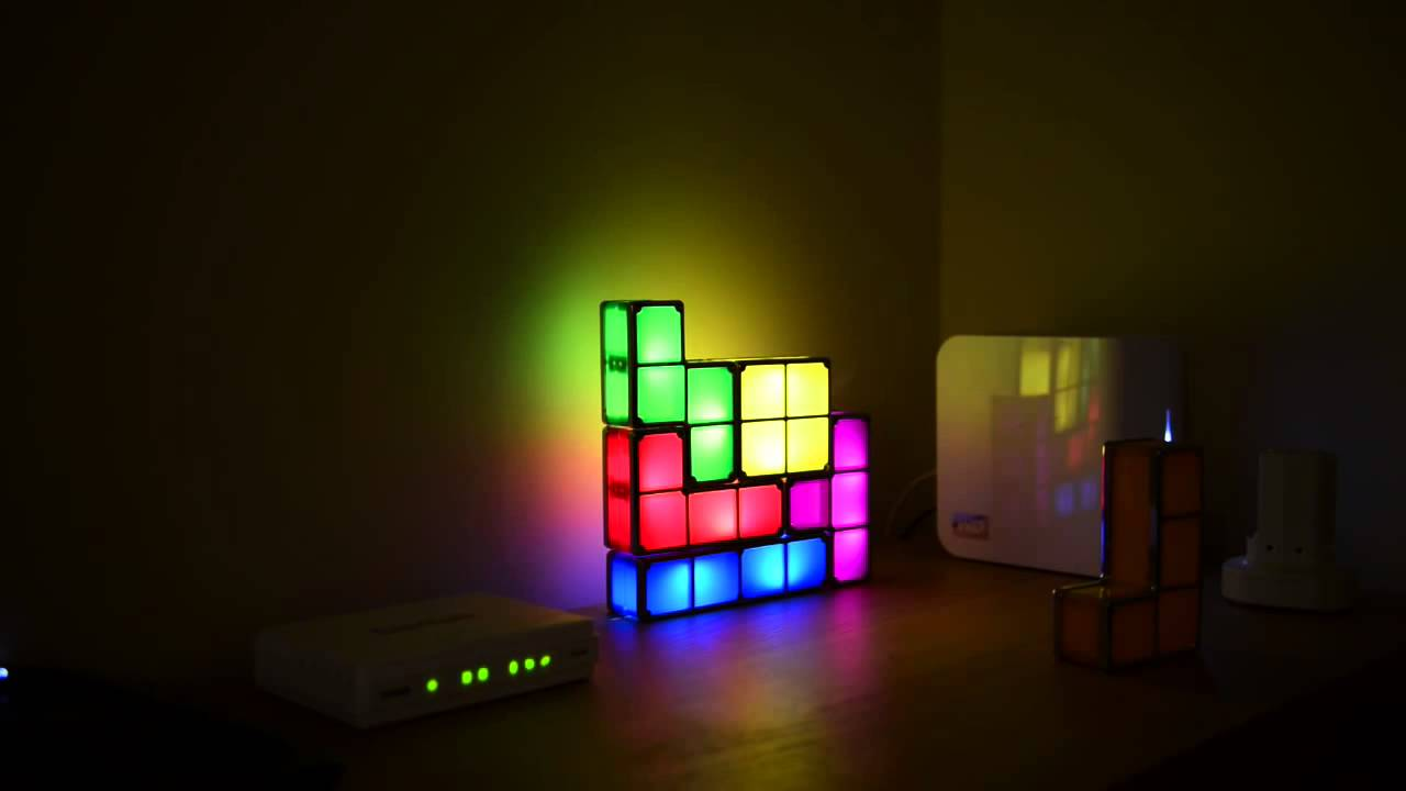 coole idee tetris led lampe sch ne dekoleuchte youtube. Black Bedroom Furniture Sets. Home Design Ideas