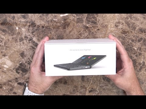 Planet Gemini PDA Unboxing and First Impressions: A Foldable Android Phone??