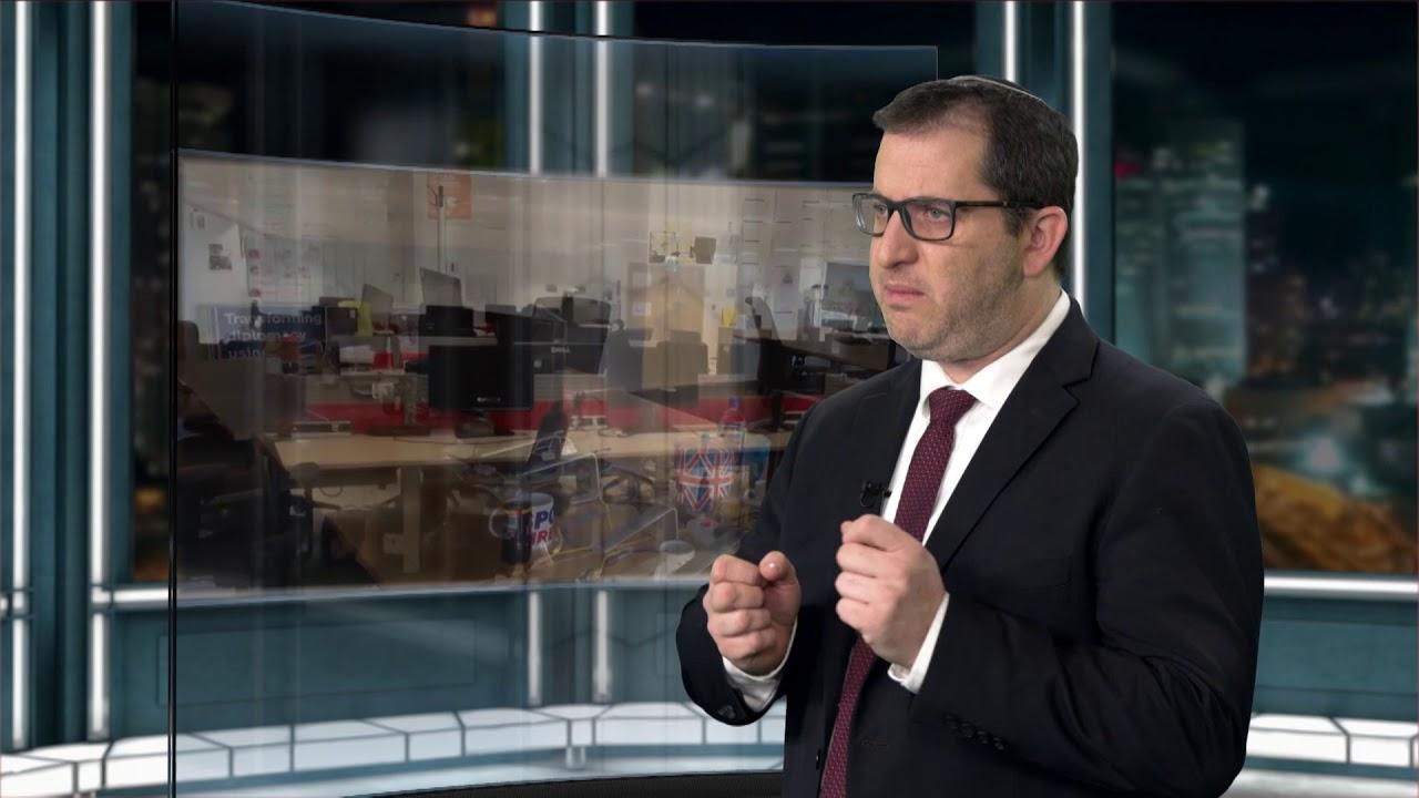 """כתבת ווידאו - עו""""ד ליבוביץ' מסביר לדה מרקר על """"הסכם מייסדים"""" - לצפות את כל האפשרויות מראש"""