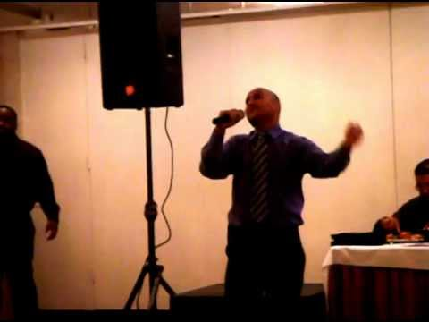 ANHELO MAS ( Danny Contreras ) musica Victor Zuñiga.