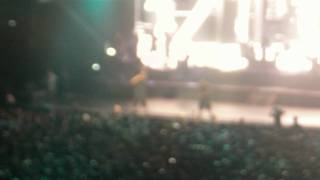 Jay Z  - Birmingham UK. LIVE - Hard Knock Life. (HD)