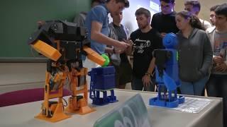 Diseño y Construcción de un Robot Humanoide (Malakabot 2017)
