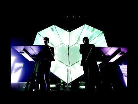Daft Punk - Technologic [Digitalism's Highway to Paris Remix]