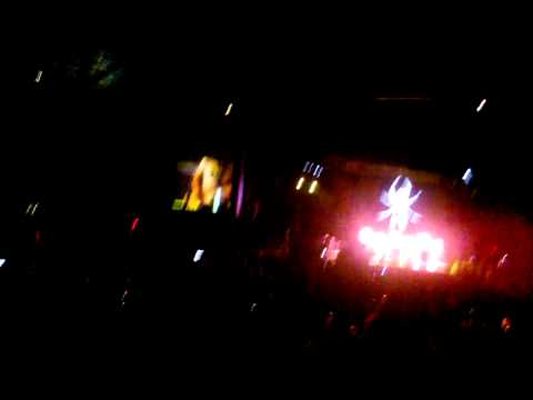 My Chemical Romance - Scarecrow (Live In Virginia Beach, 09/18/11)