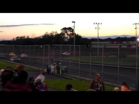 Hobby Stock Heat 1 @ Boone Speedway 05/27/17