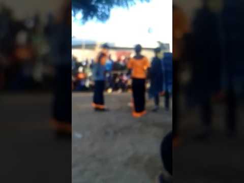 Jeunes de binkadi à kaniaga kremis
