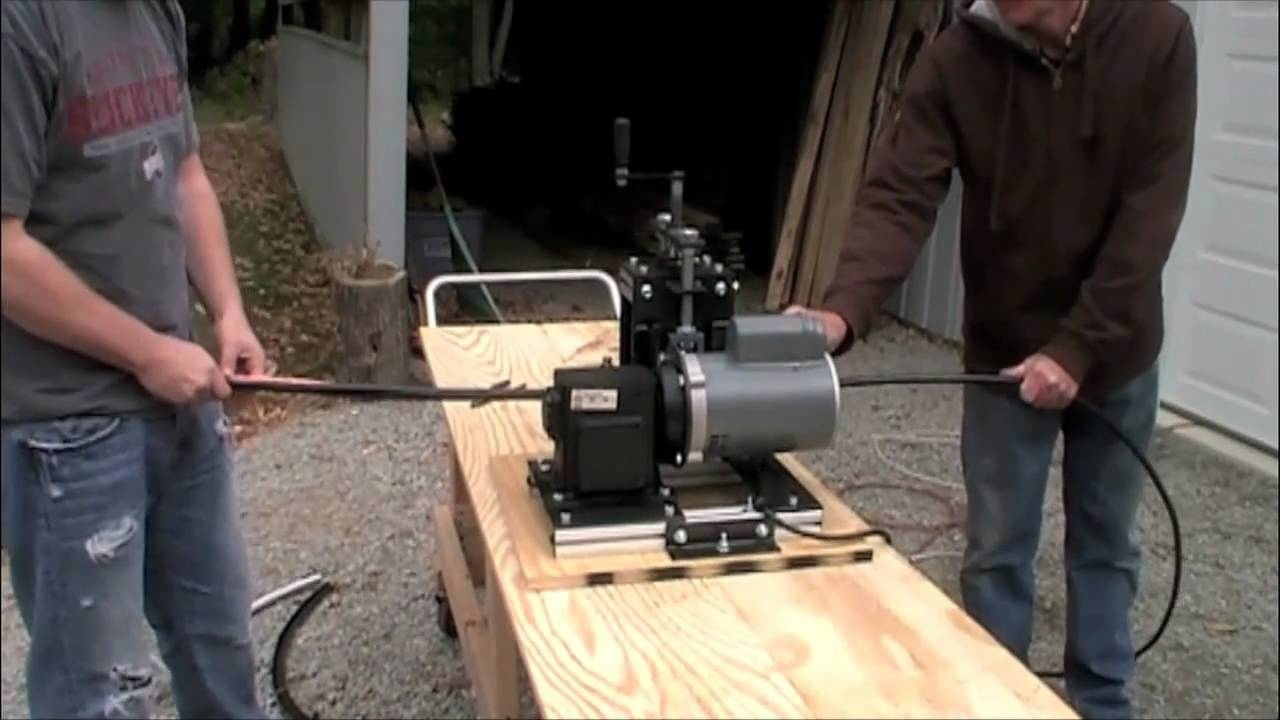 Wood stripper machine