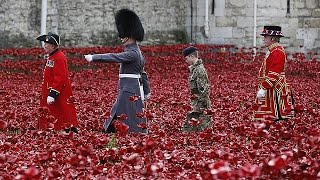 End of First World War celebrated in moving ceremonies and moments of silence