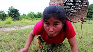 Woman two monkey catch egg quail - woman Boilled egg quail eating delicious - Survival Skill