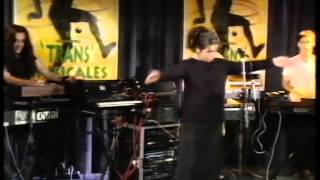 Bjork Big Time Sensuality Live Top of the Pops 1993