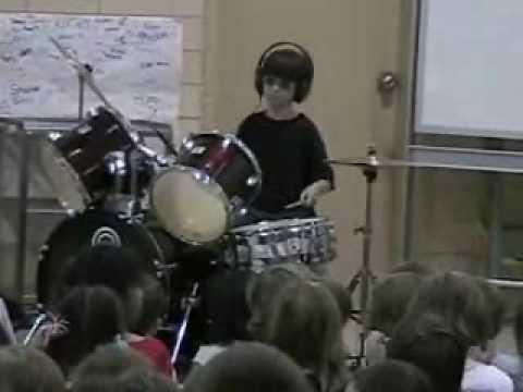 Timonium Elementary School Talent Show 2009 Ben plays Bon Jovi