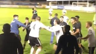 إلغاء مباراة ودية في إنجلترا بسبب «خناقة» بين لاعبى الفريقين.. فيديو