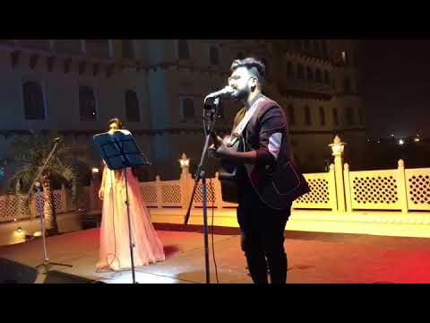 Download Lag Ja Gale Live Performance Preety Semwal Old Song Guitar