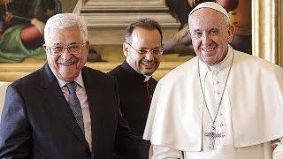 Аббас открыл посольство Палестины при Святом престоле(Палестинский лидер Мазмуд Аббас открыл посольство Палестины при Святом престоле и встретился с папой римс..., 2017-01-14T16:31:00.000Z)