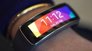 Samsung's Gear Fit 2 packs GPS, onboard music storage
