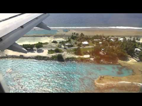 Landing at Majuro in an United Airlines B737