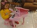 Piyano,Elif müzik yapıyor, çok fonksiyonlu biz çok sevdik, eğlenceli çocuk videosu