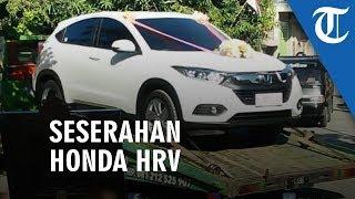 Honda Hrv Seserahan Di Pati Dikirim Pakai Towing Mempelai Pria Juga Serahkan Nmax