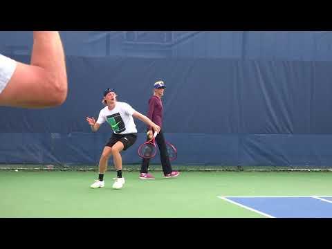Denis Shapovalov practice in Cincinnati 20180815 No,2