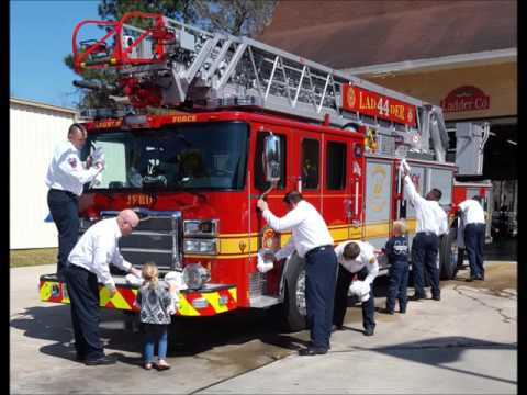 Watch: Jacksonville's newest fire truck is baptized into service