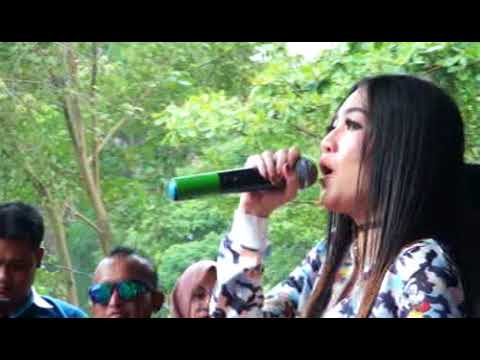 SITIK SITIK - NELLA KHARISMA - SEMONGKO MUSIC LIVE at selokambang