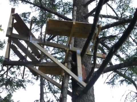 how to make a homemade tree stand 2