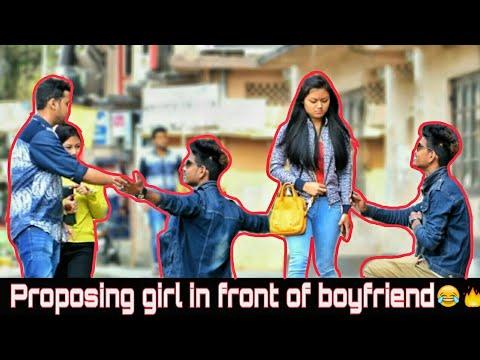 girls-masturbating-in-front-of-boyfriend