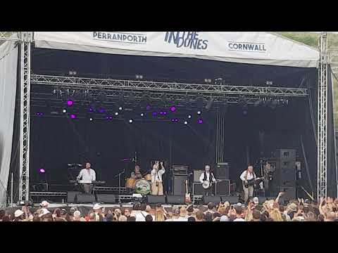 The Wurzels @ Tunes in the dunes. I've got a brand new combine harvester.