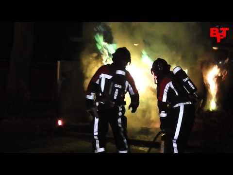 1000 huishoudens zonder stroom na brand elektriciteitskast Vriezenveenstraat, Tilburg (1 dec 2013)