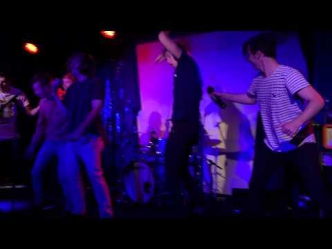 THE SKINNIE FINCHES – Apple Tree Live @ New Globe Theatre Brisbane