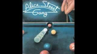 ♪ Alice Street Gang - My Cherie Amour    1978