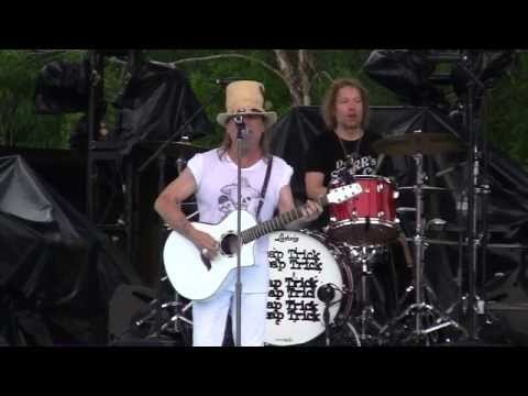 Cheap Trick  The Flame Wanee 2015