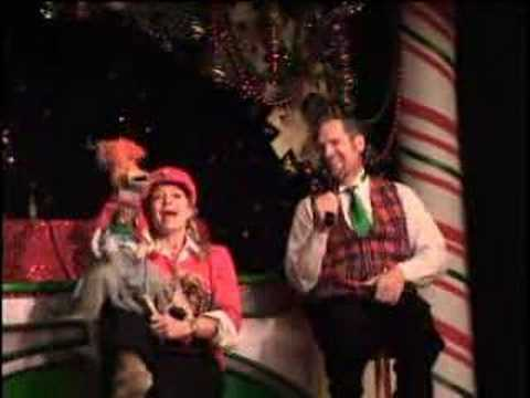 Lolly & James Sing Rudolph