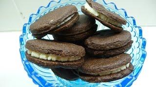 Шоколадное печенье с ванильным кремом (OREOKJEKS)