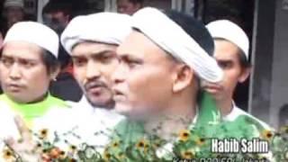 Download Video Ahmad Dhani Anggap Foto Depe Tidak Porno - CumiCumi.com MP3 3GP MP4