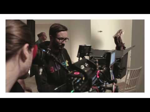MQ - Behind The Scenes - Selected Weekend Essentials