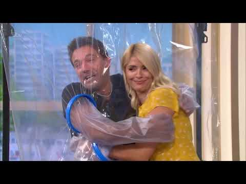 Gino returns after 10 months and tries 'the cuddle curtain' ! -10th Sept 2020