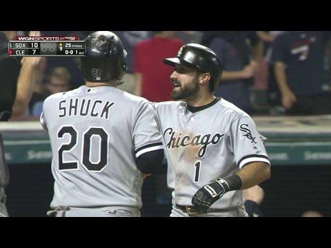 Eaton crushes a go-ahead grand slam to right